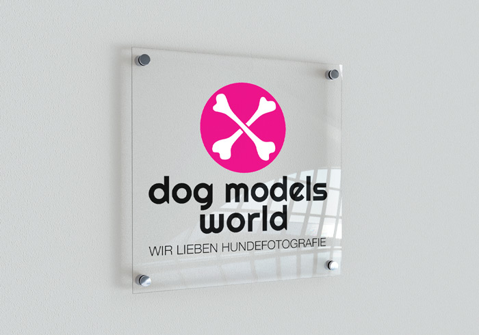 DOG MODELS WORLD